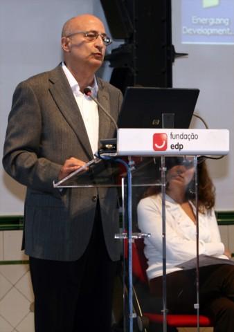 Juan Sánchez Porras, Pte. del Teléfono de Málaga, durante su intervención